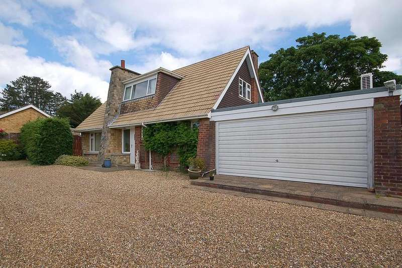 3 Bedrooms Detached Bungalow for sale in Abbey Close, Sheringham