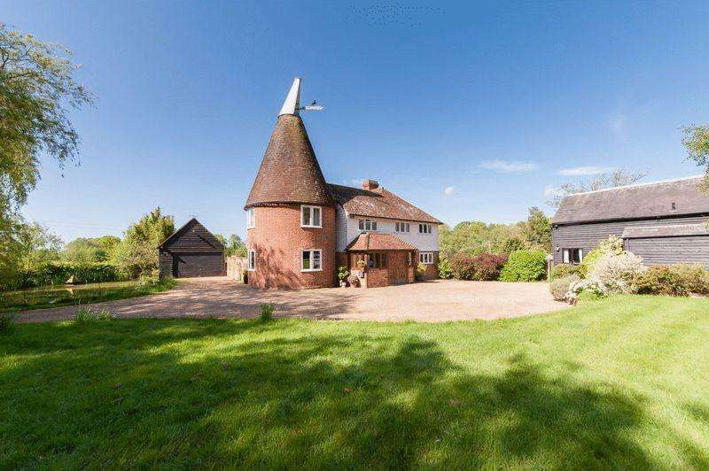 7 Bedrooms Detached House for sale in Hawkhurst, Kent