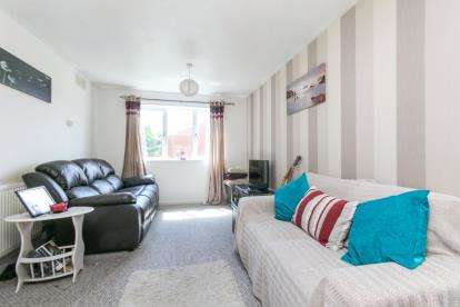 1 Bedroom Flat for sale in Colliery Road, Wrexham, Wrecsam, LL11