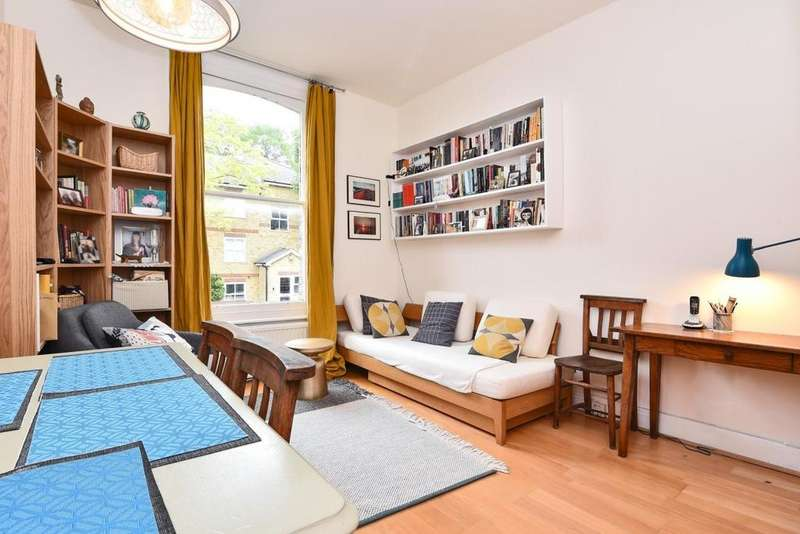 1 Bedroom Flat for sale in Blythwood Road, Stroud Green