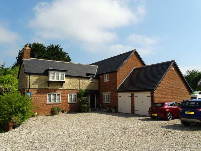 4 Bedrooms Detached House for sale in Oldbury Fields, Cherhill, Calne, Wiltshire