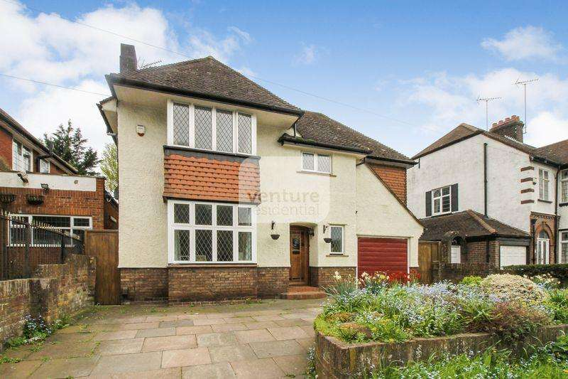 4 Bedrooms Detached House for sale in New Bedford Road, Luton