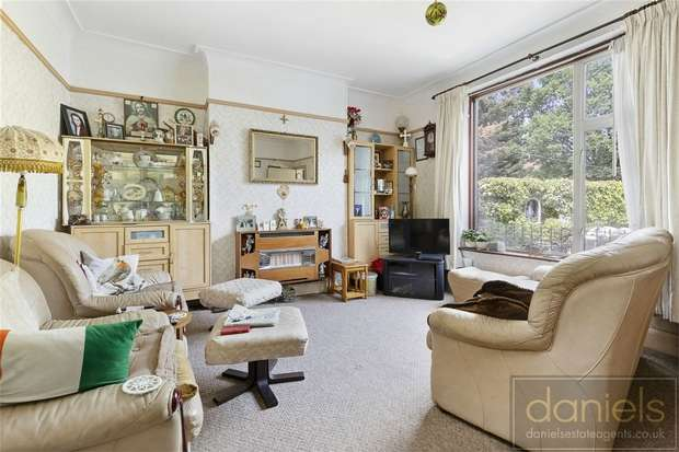 3 Bedrooms End Of Terrace House for sale in Palermo Road, Kensal Green, London