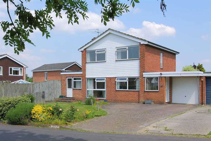 4 Bedrooms Detached House for sale in Kennet Way, Oakley