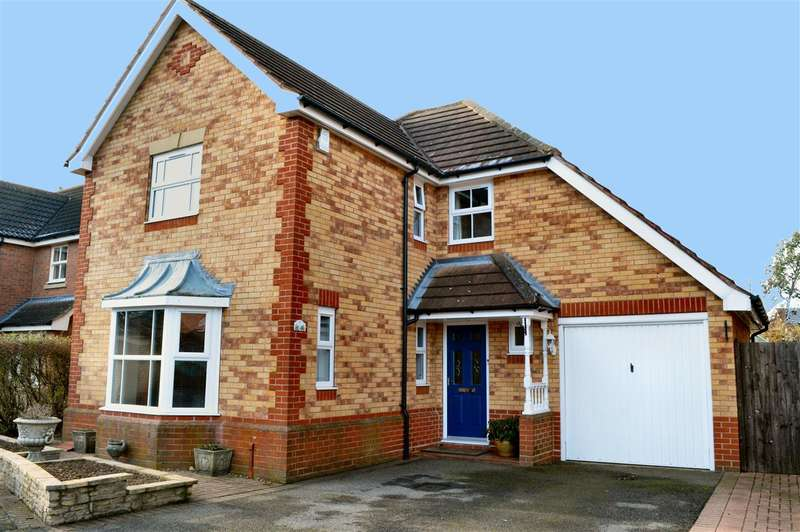4 Bedrooms Detached House for sale in Milton Way, Sleaford