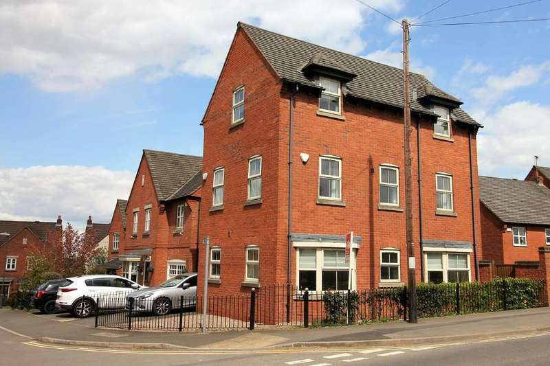 4 Bedrooms Detached House for sale in High Street, Woodville