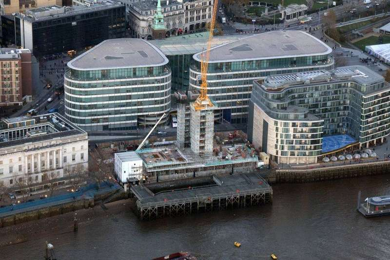 2 Bedrooms Flat for sale in Lower Thames Street, City Of London, London, EC3R