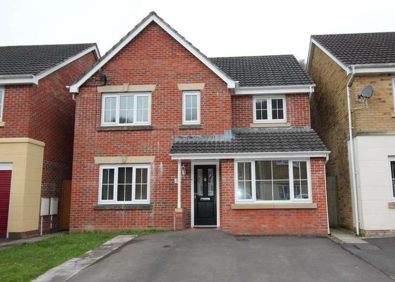 4 Bedrooms Detached House for sale in Coed Celynen Drive, Abercarn