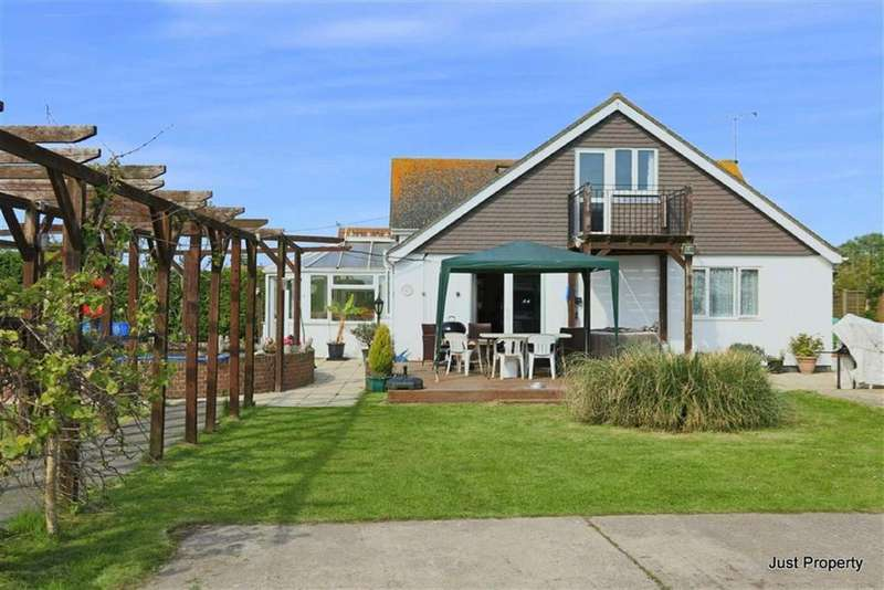 4 Bedrooms Detached House for sale in Donald Way, Winchelsea Beach