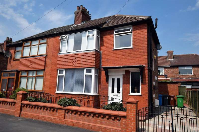 3 Bedrooms Semi Detached House for sale in Lewis Avenue, Blackley, Manchester