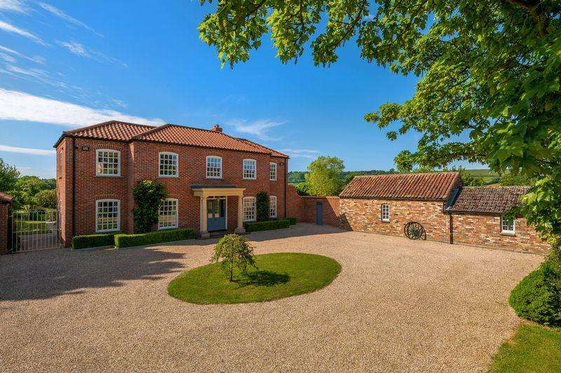 5 Bedrooms Detached House for sale in Asterby End, Louth