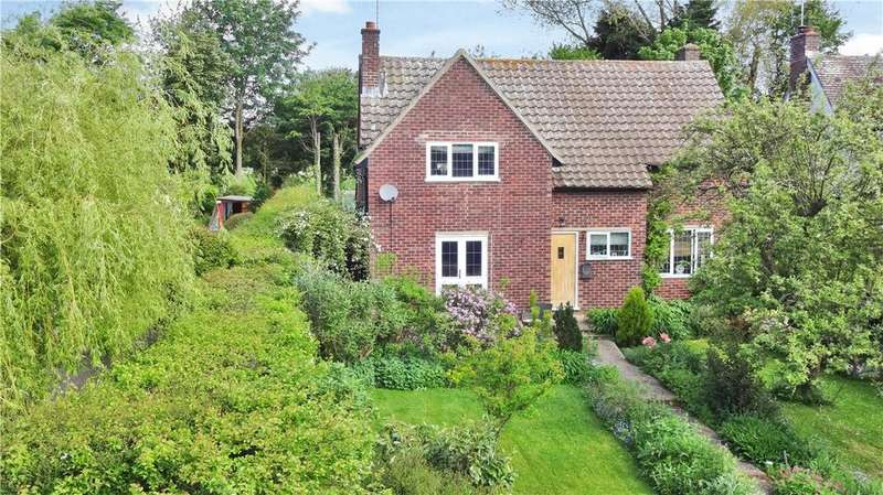 4 Bedrooms Detached House for sale in Sages End Road, Helions Bumpstead, Haverhill, Suffolk, CB9