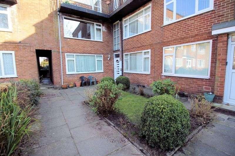1 Bedroom Property for sale in Lavenham Close, Bury