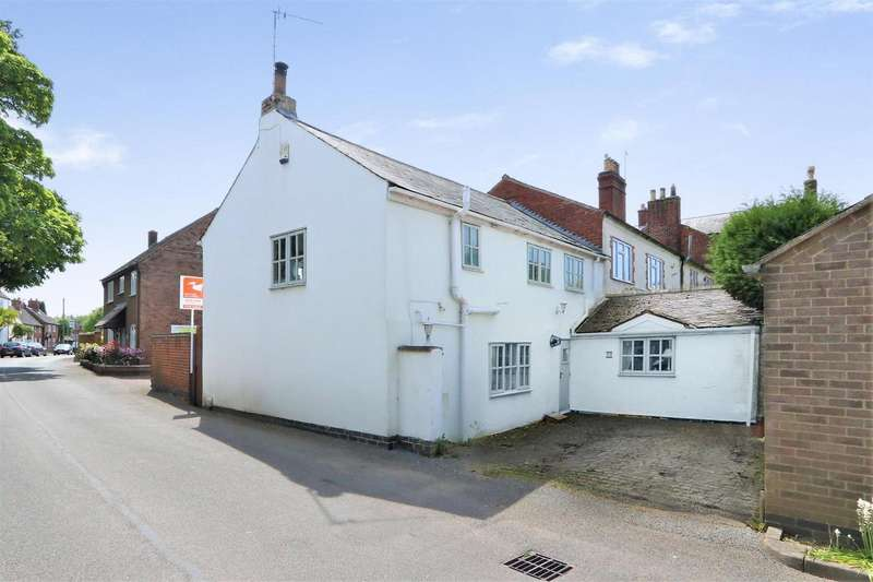 3 Bedrooms Property for sale in Main Street, Ravenstone, LE67 2AS