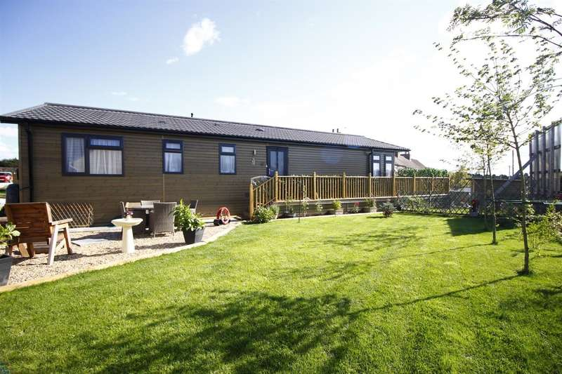 3 Bedrooms Bungalow for sale in Ashby Woulds Residential Park, Overseal