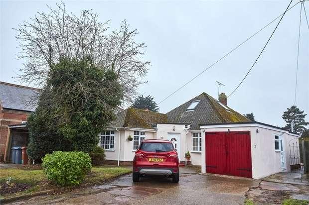 3 Bedrooms Detached Bungalow for sale in Falkenham Road, Kirton, Ipswich, Suffolk