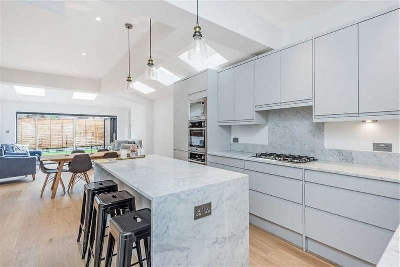 4 Bedrooms House for sale in Kettering Street, Streatham, London