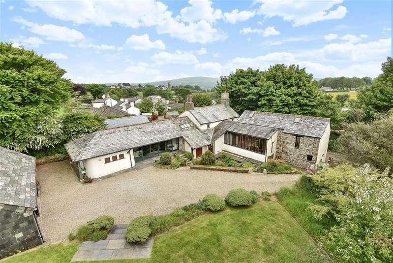 5 Bedrooms Detached House for sale in Venterdon, Callington, Cornwall, PL17