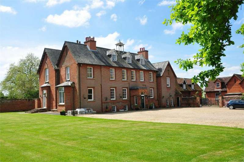 9 Bedrooms Detached House for sale in The Manor House, Church Road, Stansted