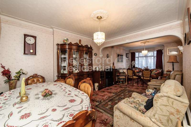 3 Bedrooms Terraced House for sale in Gracefield Gardens, Streatham, SW16
