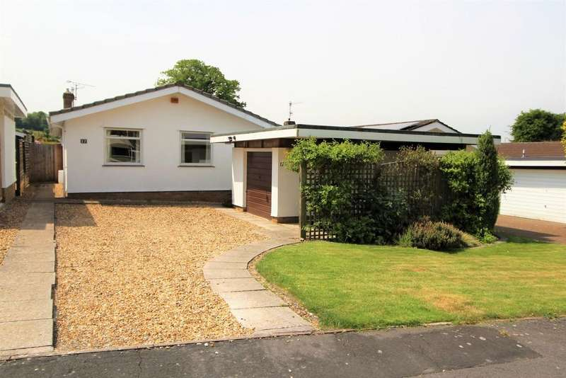 3 Bedrooms Detached Bungalow for sale in Stunning living space with great views!