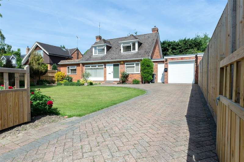 3 Bedrooms Detached House for sale in Harwood Road, Marlow, Buckinghamshire, SL7