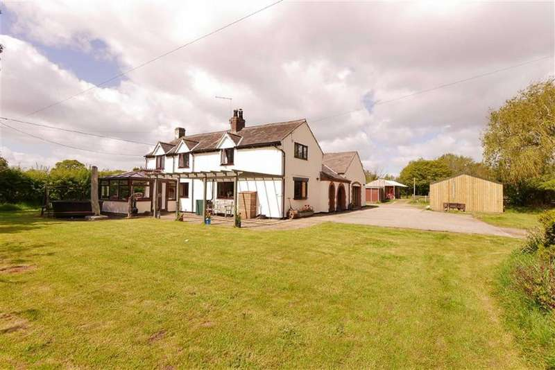 6 Bedrooms Detached House for sale in Moss Lane, Whitchurch, SY13