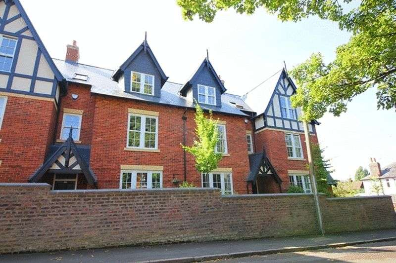 5 Bedrooms Property for sale in Carnatic Road, Mossley Hill, Liverpool, L18