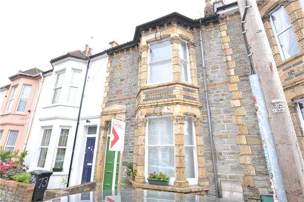 3 Bedrooms Terraced House for sale in Shaftesbury Avenue, Montpelier, Bristol, BS6 5LU