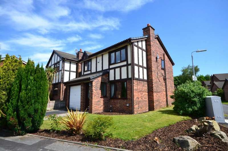 3 Bedrooms Detached House for sale in Parkway, Westhoughton BL5