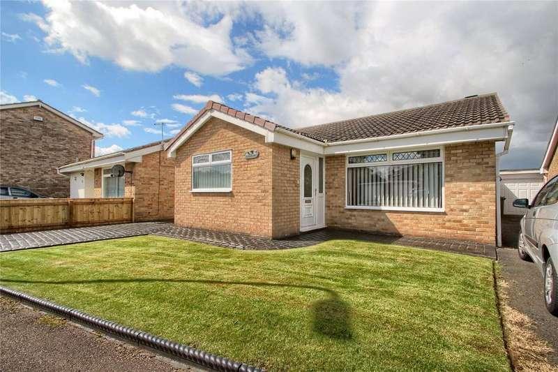 2 Bedrooms Detached Bungalow for sale in Coombe Way, Hartburn