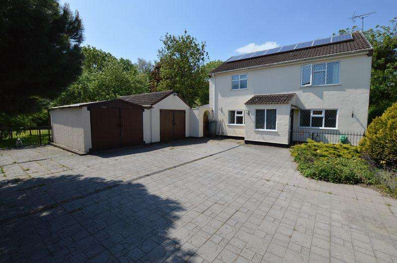 3 Bedrooms Detached House for sale in The Cottage, Tumby Road, Coningsby