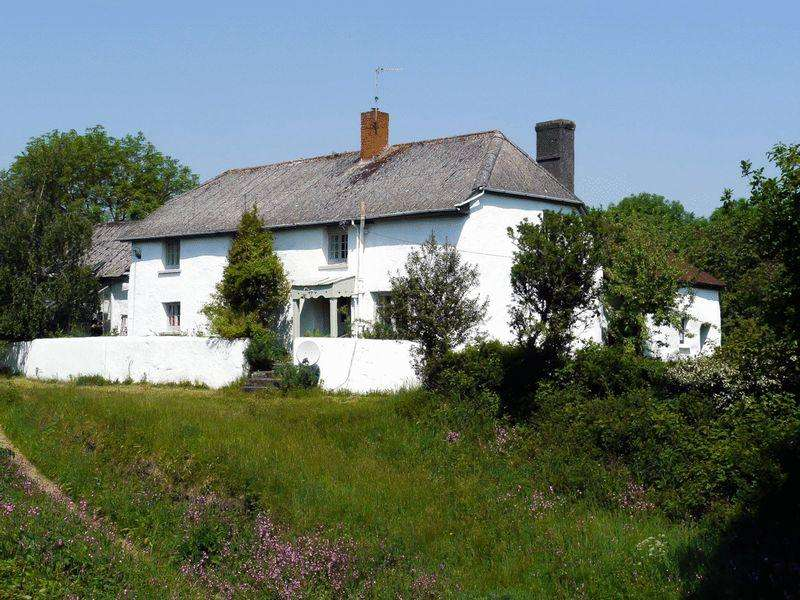 4 Bedrooms Detached House for sale in Tedburn St Mary, Exeter