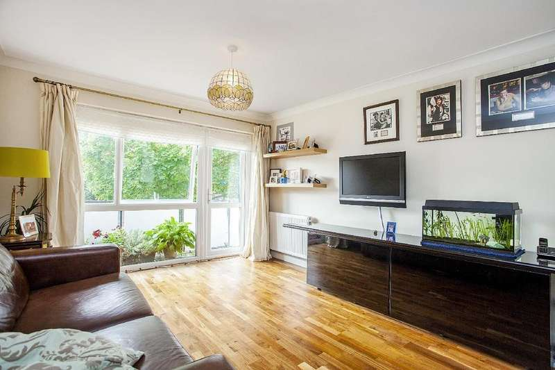 2 Bedrooms Flat for sale in Nutborn House, Clifton Road, Wimbledon