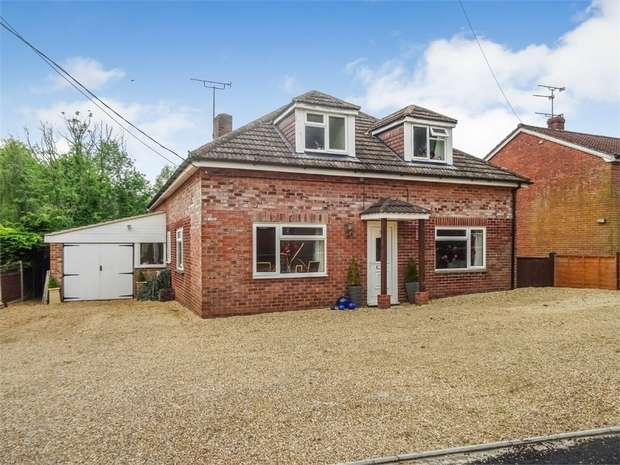5 Bedrooms Detached House for sale in Raffin Lane, Pewsey, Wiltshire