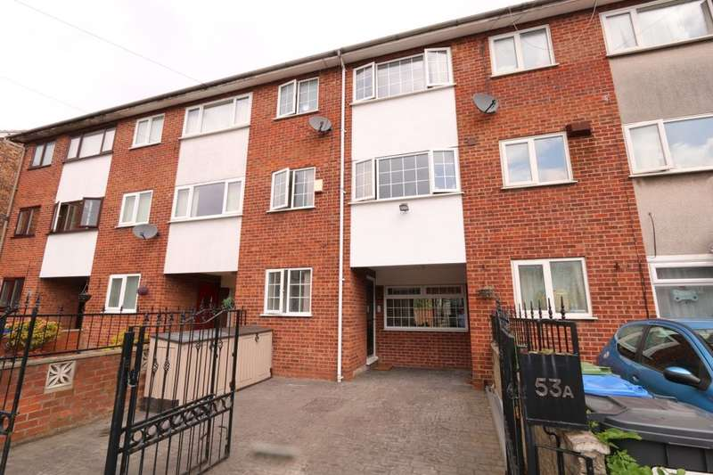 3 Bedrooms Property for sale in York Road, Denton, Manchester, M34