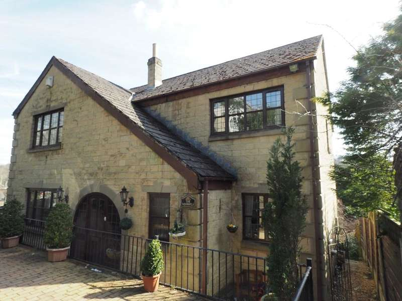 4 Bedrooms Detached House for sale in Reservoir Road, Whaley Bridge, High Peak, Derbyshire, SK23 7BL