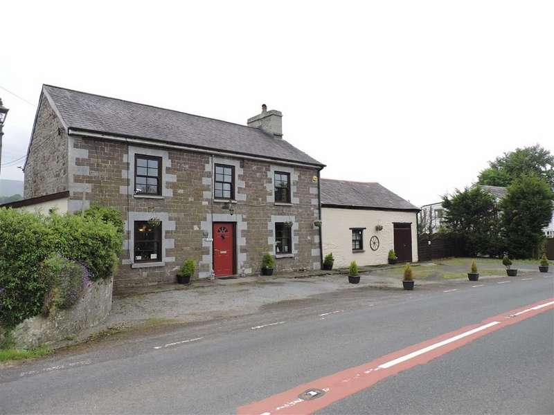 4 Bedrooms Detached House for sale in Gwynfe, Llangadog