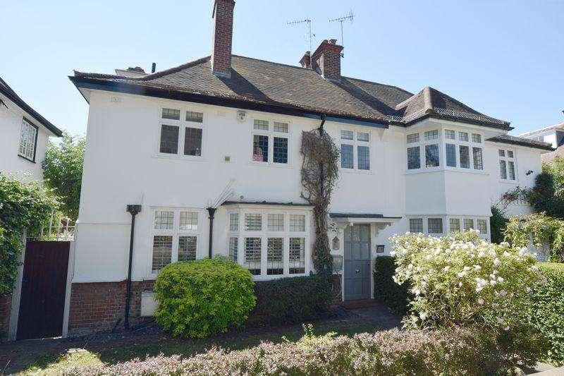 4 Bedrooms House for sale in Hampstead Way, Hampstead Garden Suburb, London NW11