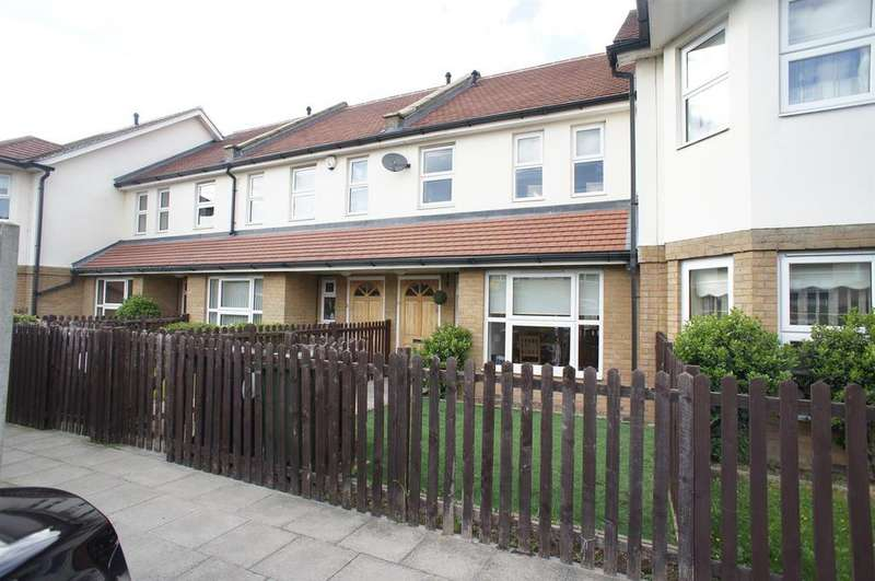 2 Bedrooms House for sale in Lavender Close, London