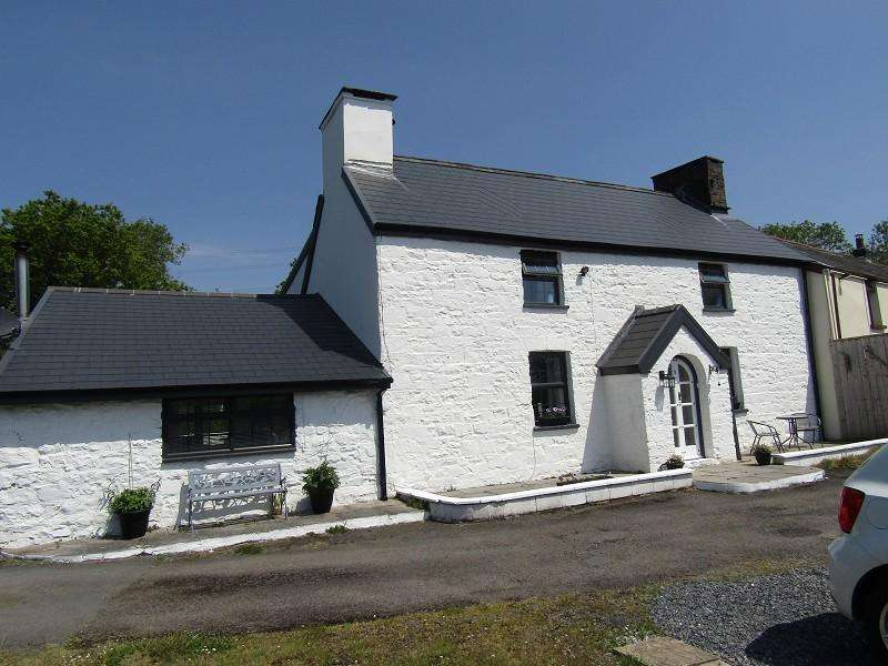 3 Bedrooms Semi Detached House for sale in Felindre, Swansea, City And County of Swansea.