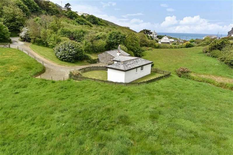 3 Bedrooms Bungalow for sale in Crackington Haven, Bude, Cornwall, EX23