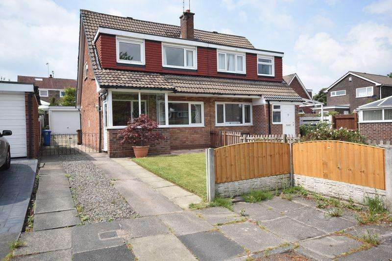 3 Bedrooms Semi Detached House for sale in Eden Close, Heywood