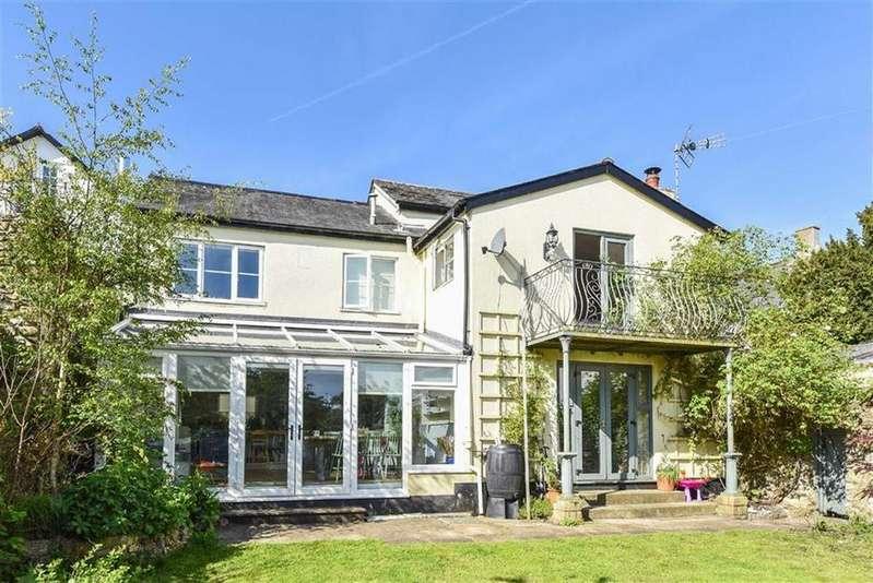 4 Bedrooms Semi Detached House for sale in Market Place, Colyton, Devon, EX24