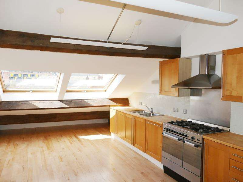 3 Bedrooms Penthouse Flat for sale in BIG BARN, SIMPSONS FOLD EAST, 26 DOCK STREET, LS10 1JF