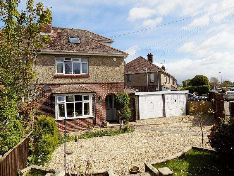 4 Bedrooms Semi Detached House for sale in Prince of Wales Road, Dorchester