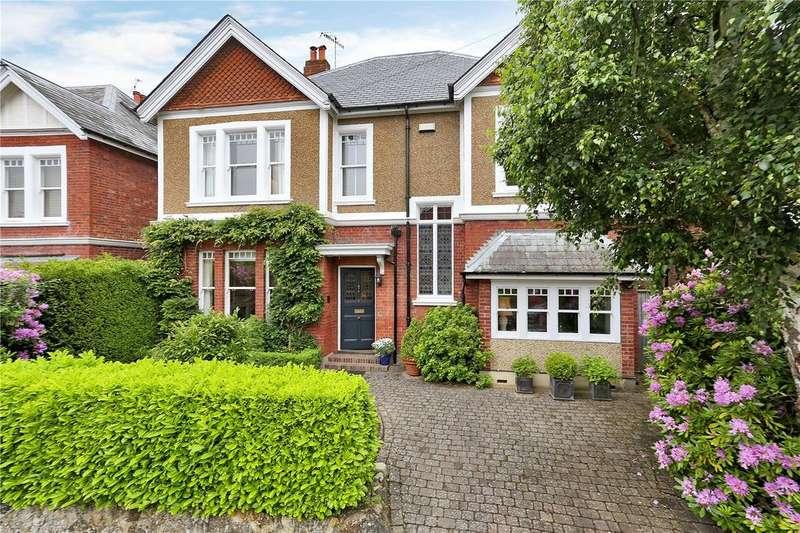 5 Bedrooms Detached House for sale in Court Road, Tunbridge Wells, Kent, TN4