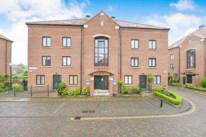 3 Bedrooms Flat for sale in Atlas Wynd, Yarm, Stockton On Tees