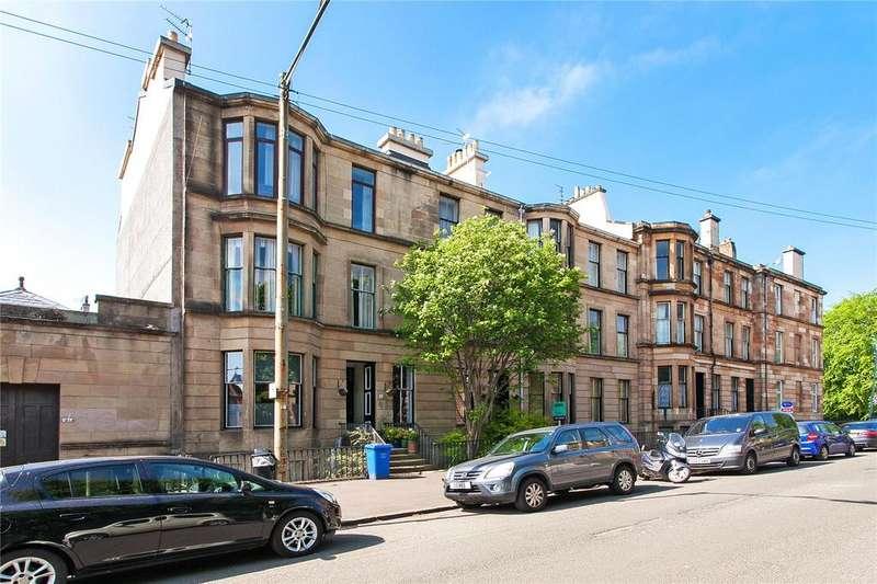3 Bedrooms Apartment Flat for sale in 1/2, Leslie Street, Pollokshields, Glasgow