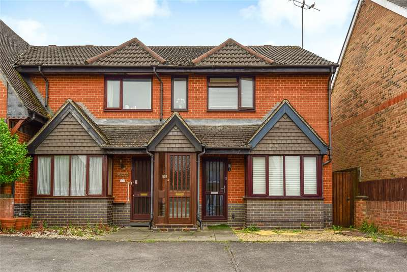 1 Bedroom Maisonette Flat for sale in Cambridge Road, Crowthorne, Berkshire, RG45